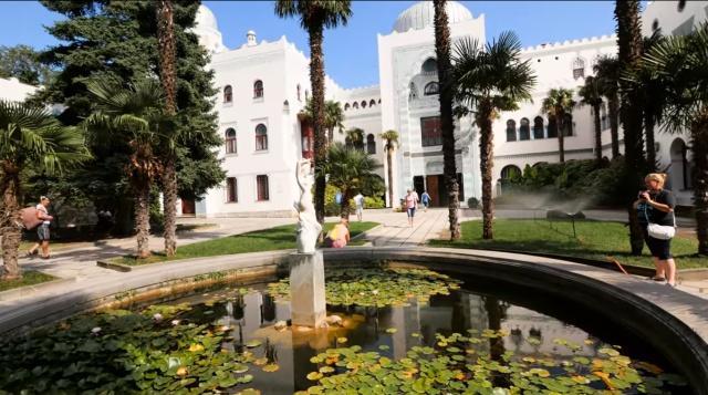 Дворцы Крыма - ТОП 10 лучших дворцовых комплексов