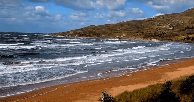 Отдых в Крыму на Азовском море в 2019 году - самое теплое море!