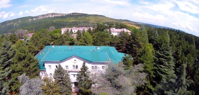 Крым, поселок Научный 🏡 местная гостиница и экскурсии в 🔭 обсерваторию