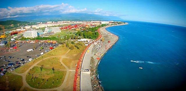 Какое море в Сочи – температура воды, когда оно цветет, где чистые пляжи и хорошая рыбалка?