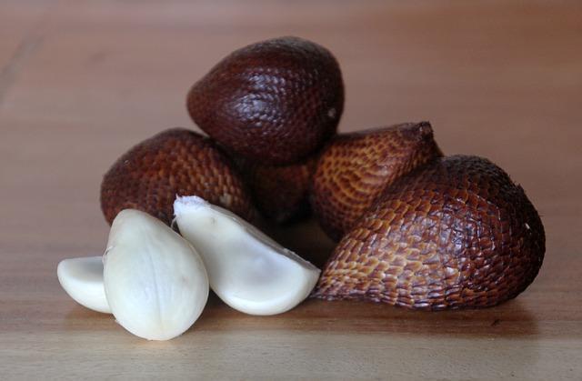 Салак, змеиный фрукт, фото
