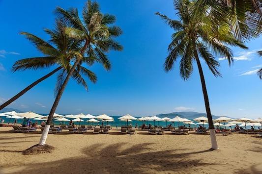 Все пляжи Дананга: лучшие места на побережье с описанием, фото и отзывами туристов
