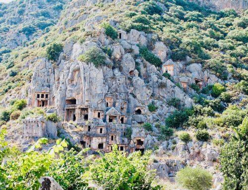 Античный город Олимпос в уединенном горном ущелье Турции