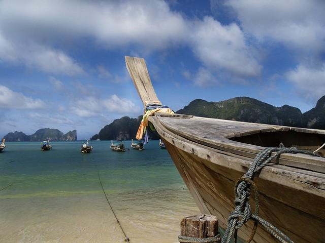 Пхи Пхи - как добраться до острова, паром Пхукет - Пи Пи, какой пляж выбрать, Пхи Пхи на карте