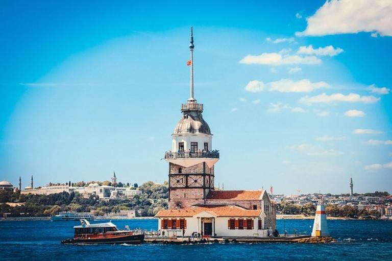 Когда лучше ехать в Стамбул - погода по месяцам