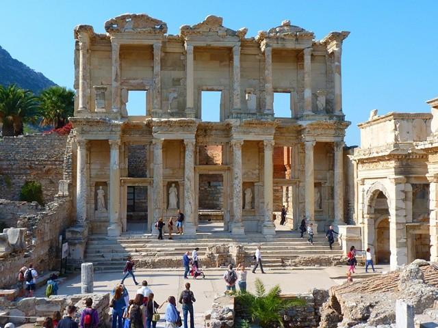 Древний город Эфес на территории современной Турции