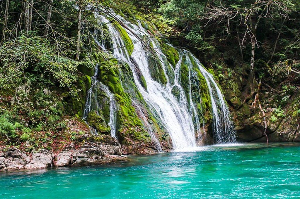 Огромное и живописное водохранилище - Грин Каньон в Турции