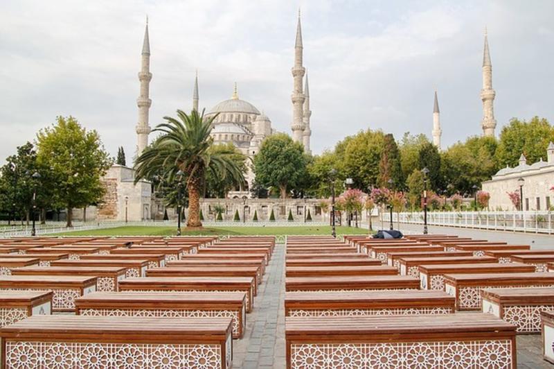 Грандиозный символ Стамбула - Голубая мечеть Султанахмет