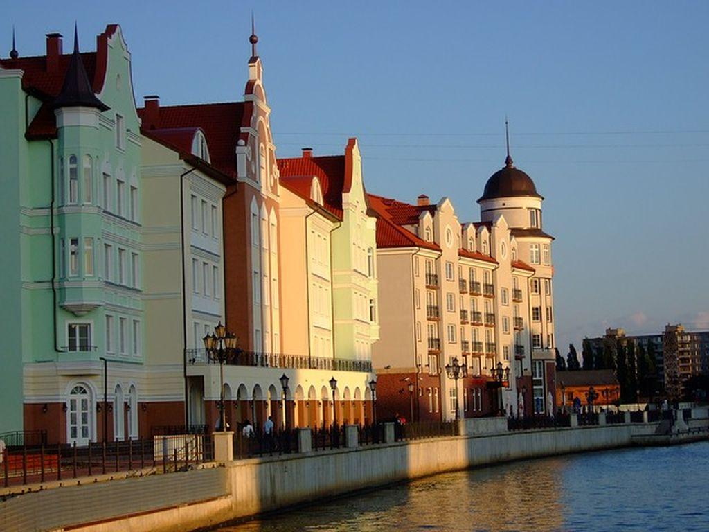 Ищем оптимальный вариант - как добраться в Зеленоградск дешево и быстро?