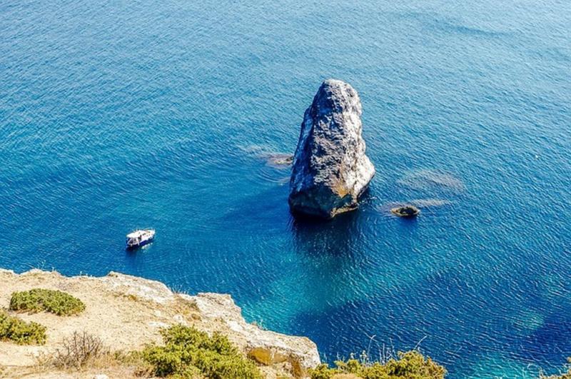 Все пляжи Севастополя в одной статье - красивейшие места на полуострове
