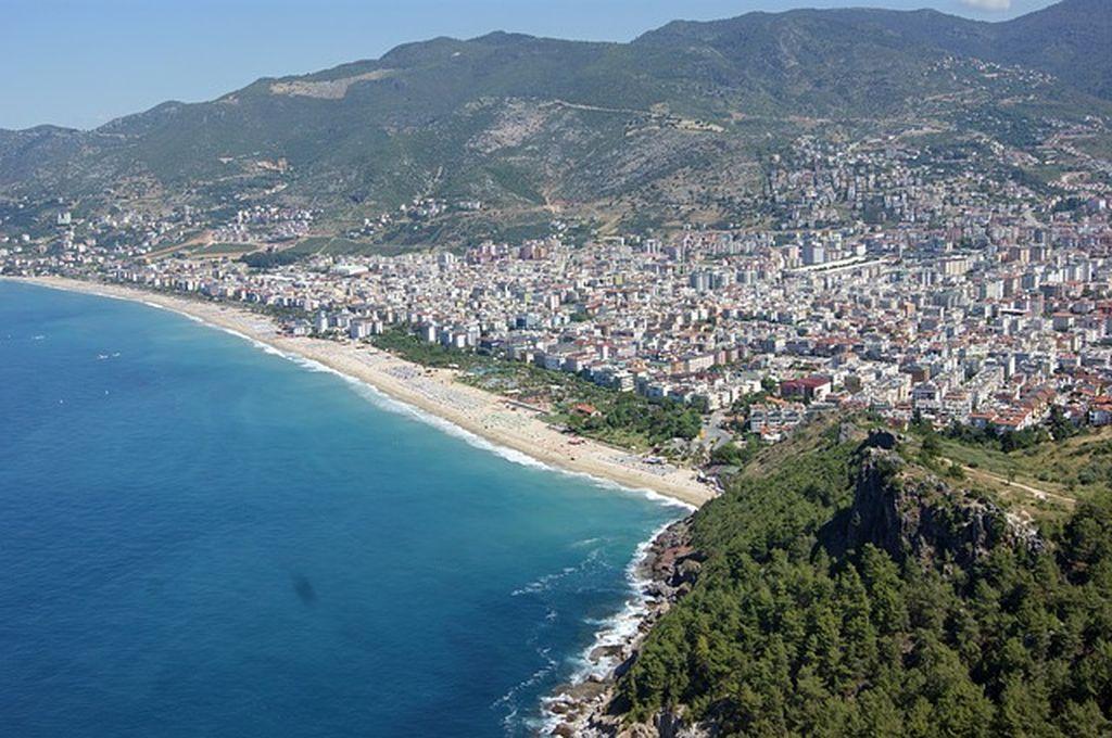 Пляжи Алании - лучшие места для купания в Турции