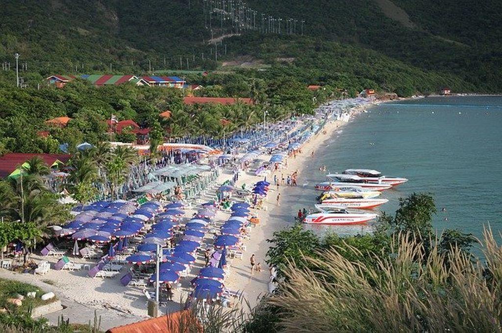 Пляжи острова Ко Лан, фото